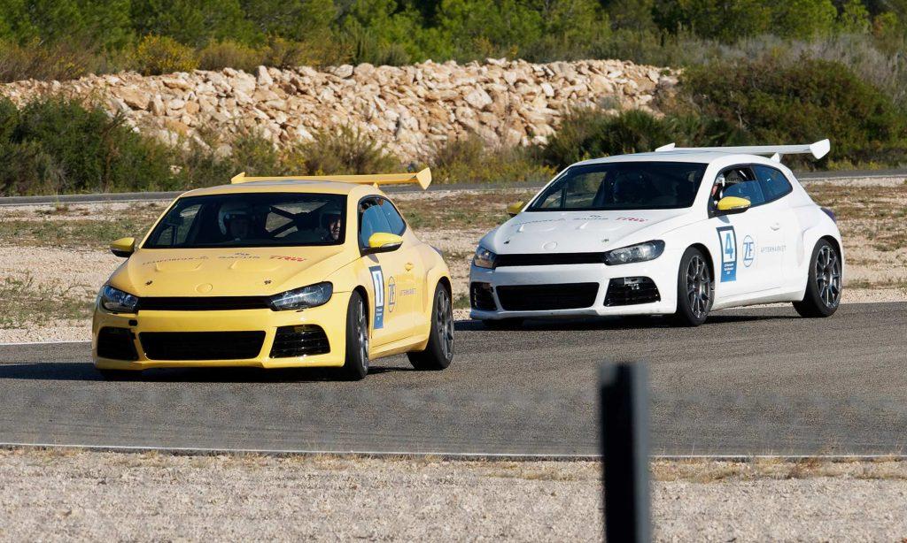 Referenz – Automotive – Race Days – Foto – Rennen Kurve